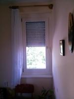 Bukó-nyíló ablak