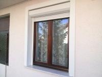 Redőnyös fa ablak