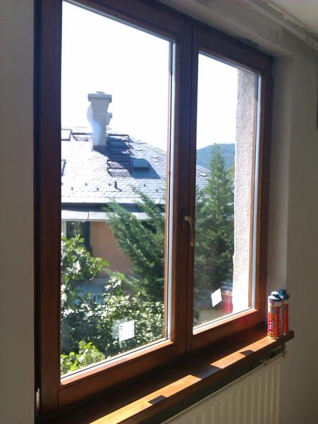 Fa ablak festve