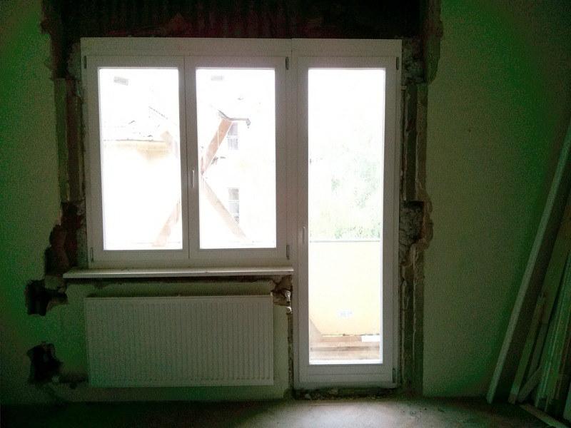 fehér fa ajtó